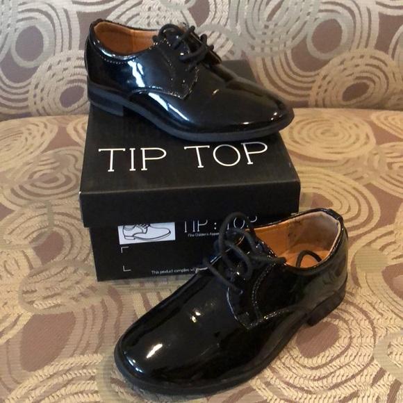 29910503935c Toddler boys tuxedo shoes. M 5ba90ea9e944ba22d3a11026